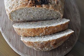 many-seed bread, with flax, sesame and sunflower seeds and rolled oats
