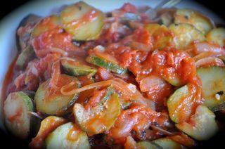 zucchini and tomatoes / zucchine al pomodoro