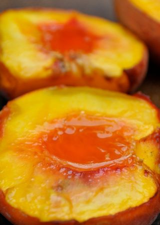 oven-roasted peaches