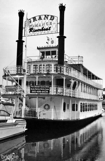 Grand Romance Riverboat, Long Beach