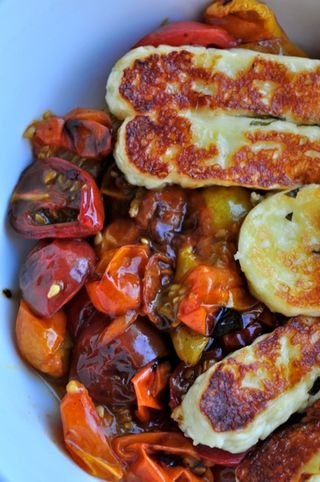 halloumi and cherry tomatoes