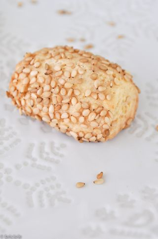 reginelle sesame cookies