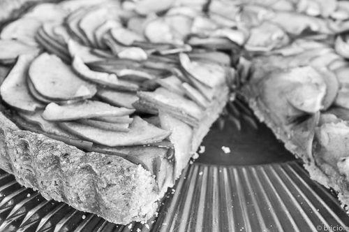 apple and plum preserve crostata