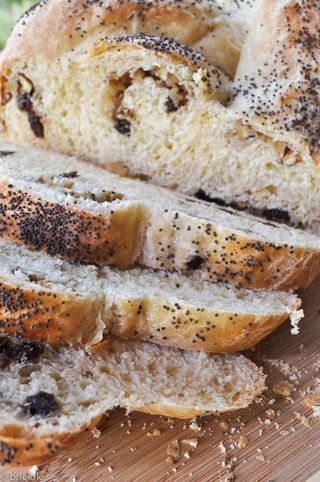 raisin walnut braided bread