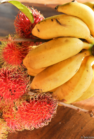mini bananas and rambutan