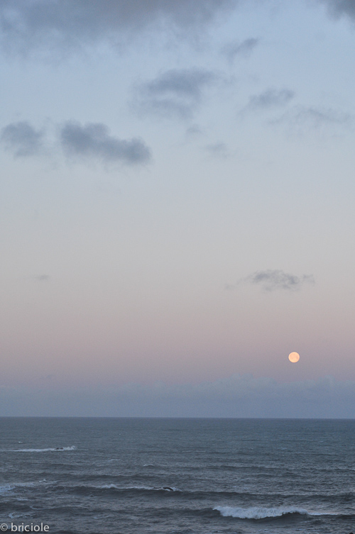 moonset on Pacific Ocean