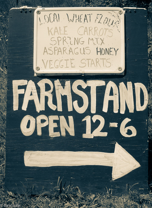 Farms stand sign