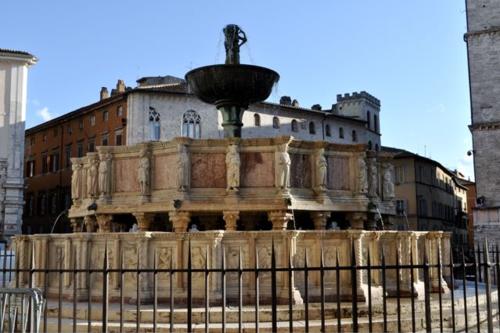 DSC_0103 / Fontana Maggiore, Perugia