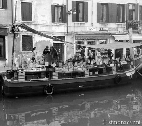 IMG_2086 / La Barca Venice Ponte dei pugni
