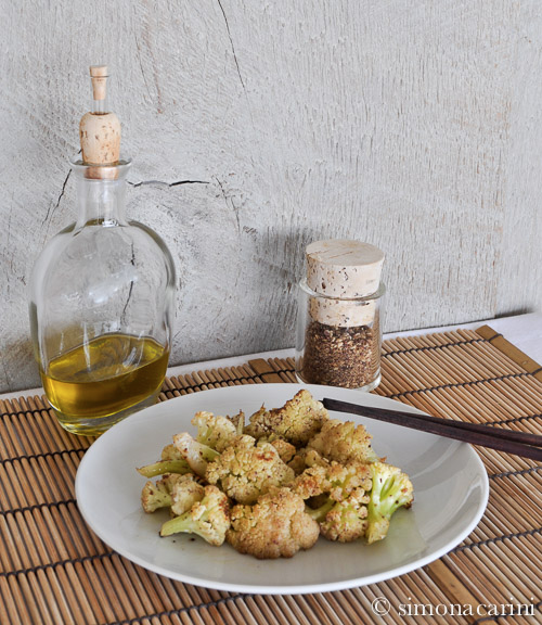 roasted cauliflower with za'atar / IMG_5343