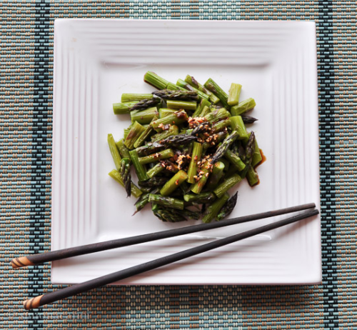 roasted asparagus with chili oil / DSC_8299