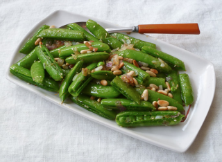 sugar snap peas with pancetta and pine nuts