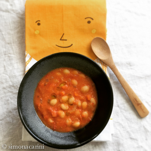 fresh beans in fresh tomato sauce / IMG_2623